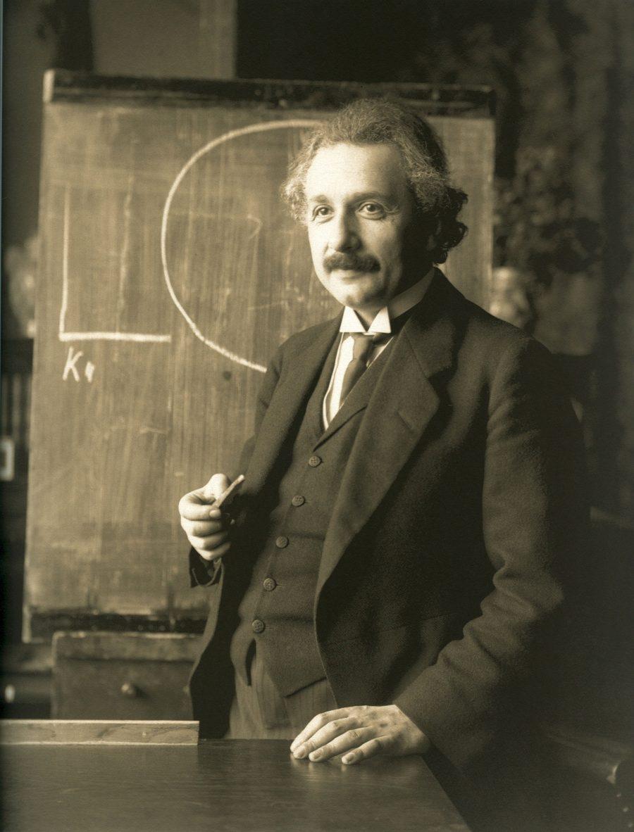 Einstein_1921_by_F_Schmutzer