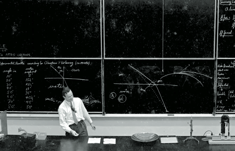 Richard Feynman lecturing in 1962 on Optics